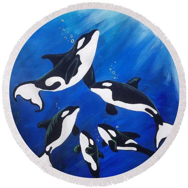 Orca Family  Round Beach Towel
