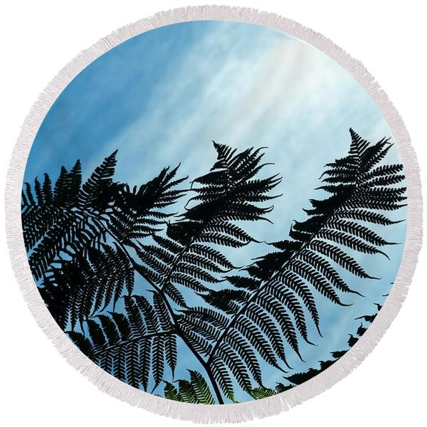 Palms Flying High Round Beach Towel