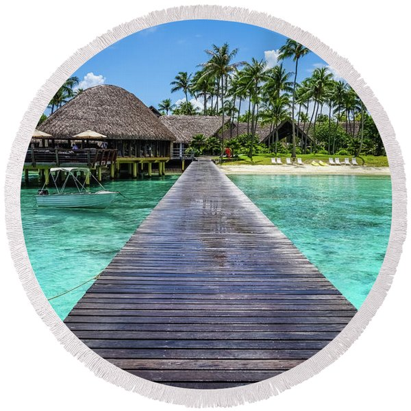 Rangiroa, Tuamotu - Paradise On Earth Round Beach Towel