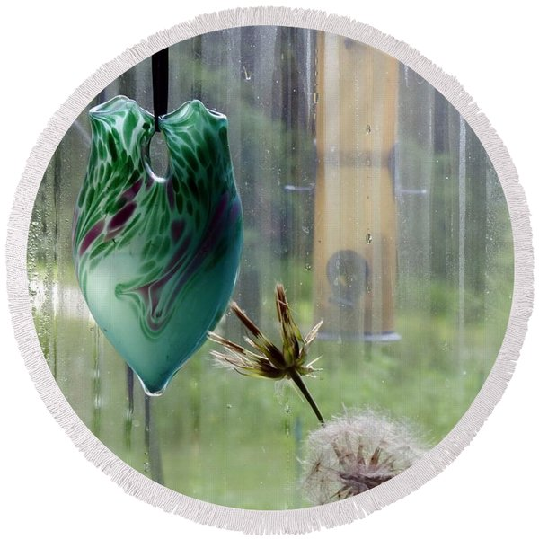 Rainy Morning At The Bird Feeder Round Beach Towel