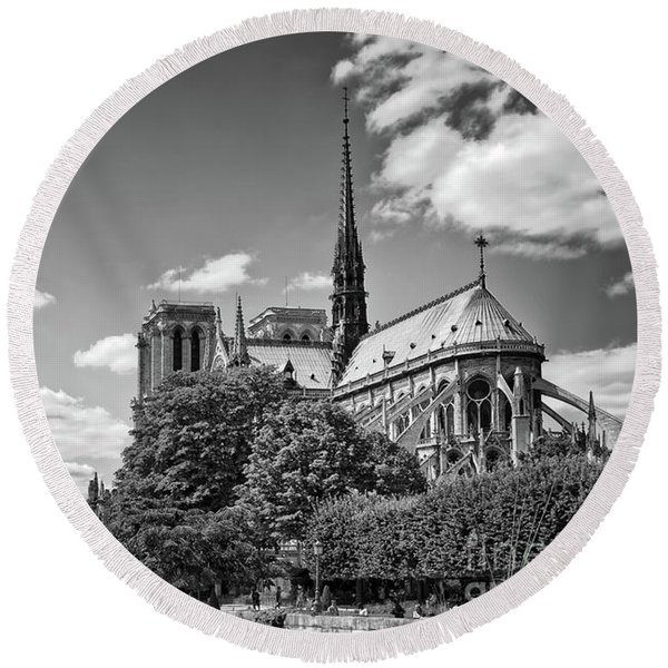 Remembering Notre Dame Round Beach Towel