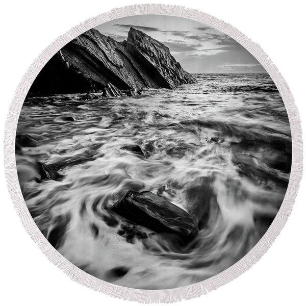 Rising Tide Round Beach Towel