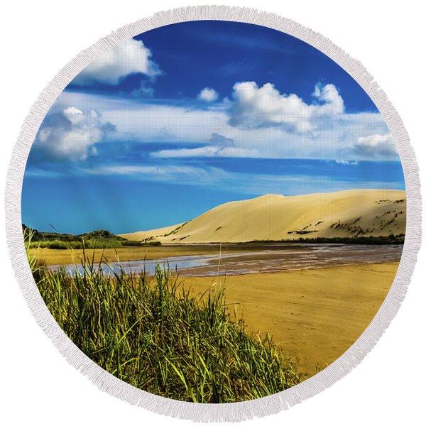 90 Miles Beach, New Zealand Round Beach Towel
