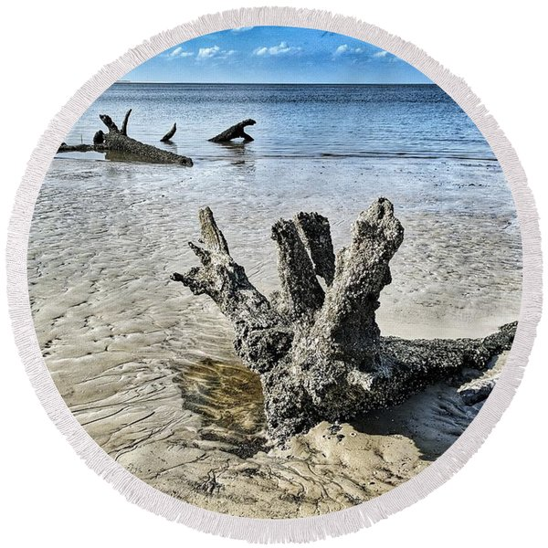 Sculpted By The Sea Round Beach Towel
