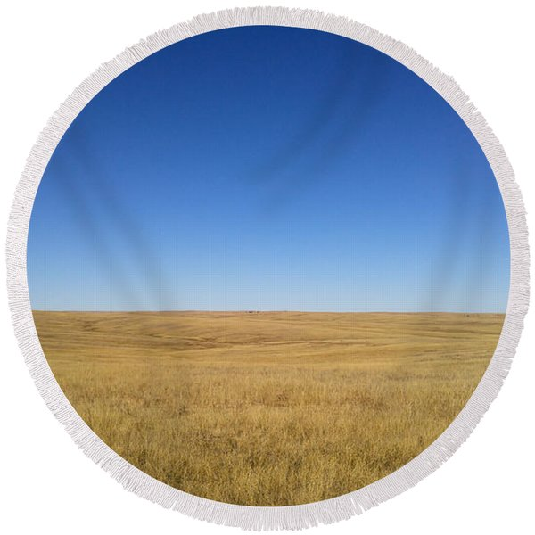 Round Beach Towel featuring the photograph Sea Of Grass by Carl Young