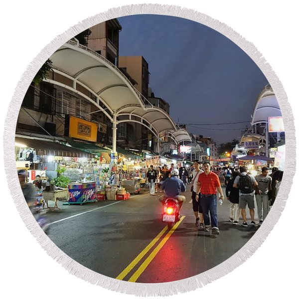Shopping And Restaurant Street In Taiwan Round Beach Towel