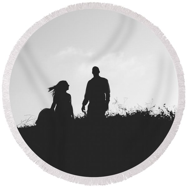 Silhouette Of Couple In Love With Wedding Couple On Top Of A Hil Round Beach Towel