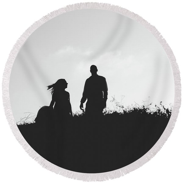 Silhouette Of Couple In Love With Wedding Couple On Top Of A Hill Round Beach Towel