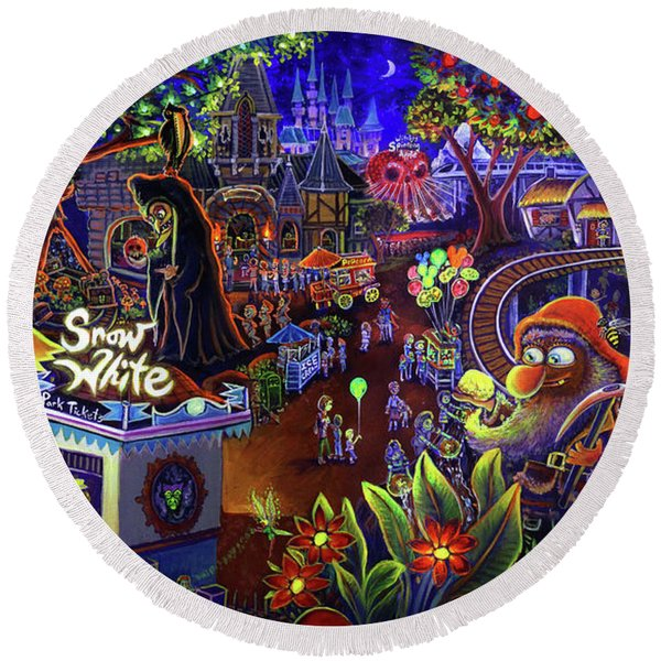 Snow White Amusement Park Round Beach Towel