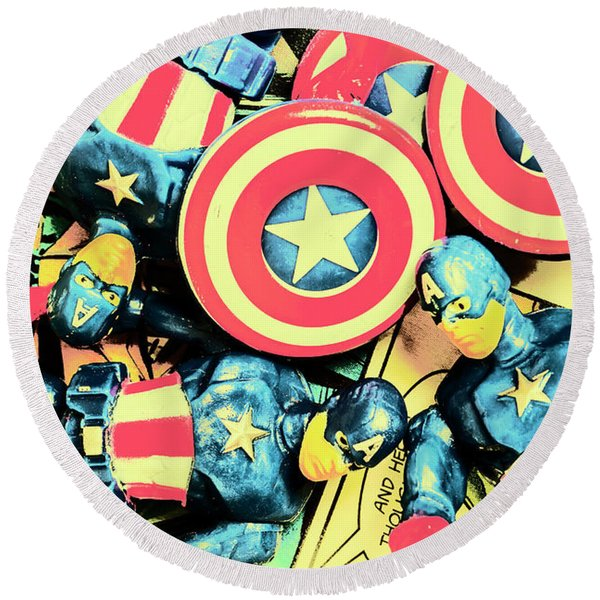 Stars Of Freedom Fighters Round Beach Towel