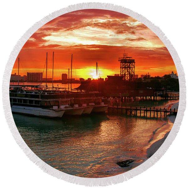 Sunrise In Cancun Round Beach Towel