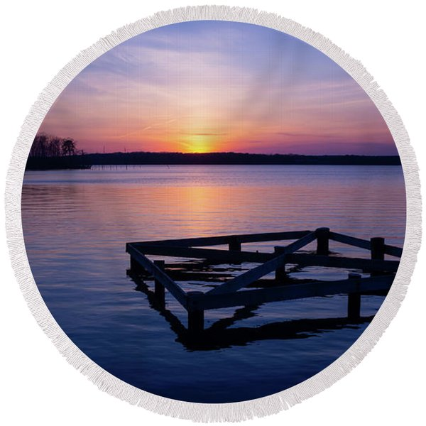 Sunset At The Reservoir  Round Beach Towel