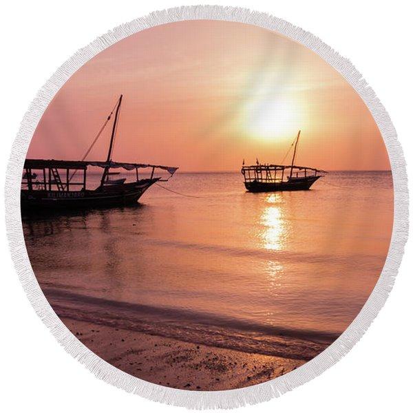 Sunset In Zanzibar Round Beach Towel