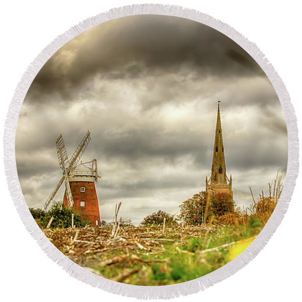 Thaxted Windmill And Church Round Beach Towel