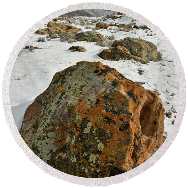 The Book Cliff's Colorful Boulders Round Beach Towel