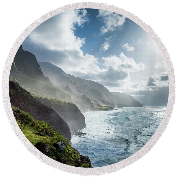 Round Beach Towel featuring the photograph The Cliffs Of Kalalau by Tim Newton