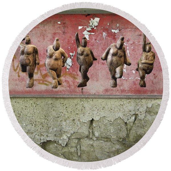 The Crones - Venus Dancing  Round Beach Towel