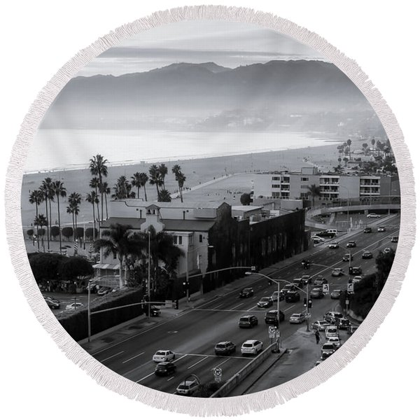 The Evening Drive Home Round Beach Towel