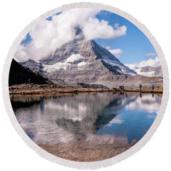 The Matterhorn Round Beach Towel