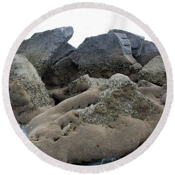 Round Beach Towel featuring the photograph Tidal Pool 3 by Megan Dirsa-DuBois