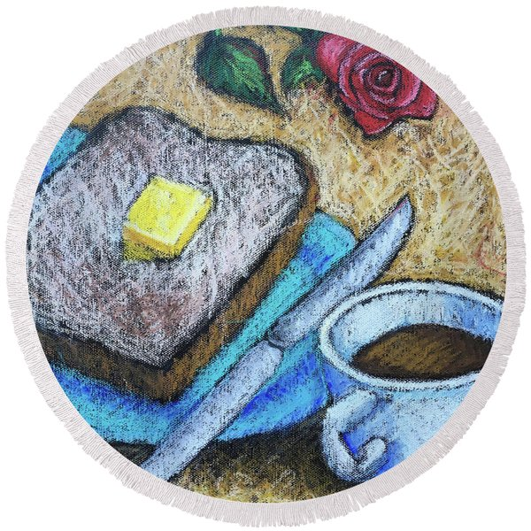Toast And Roses Round Beach Towel