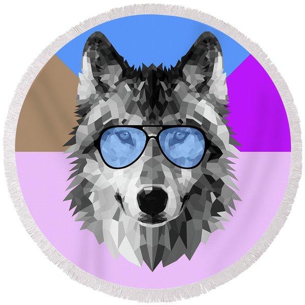 Woolf In Blue Glasses Round Beach Towel
