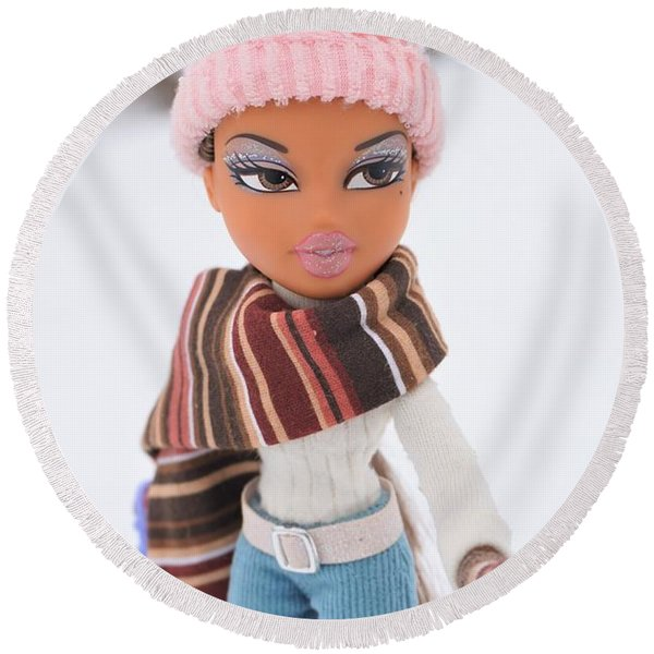 Yasmin In The Snow Round Beach Towel