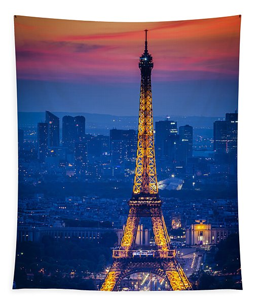 Eiffel Tower At Twilight Tapestry