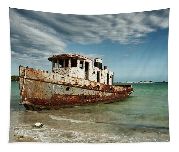 Caribbean Shipwreck 21002 Tapestry