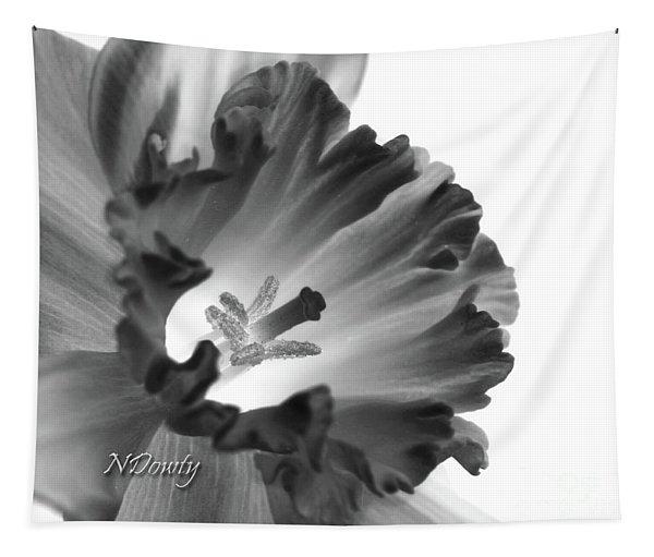 Daffodil Cornered Tapestry