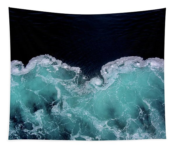 Fluid Snow Tapestry
