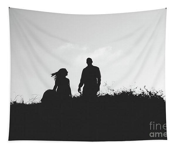Silhouette Of Couple In Love With Wedding Couple On Top Of A Hill Tapestry