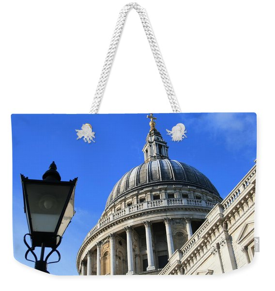 Weekender Tote Bag featuring the photograph St Pauls Cathedral by Susan Leonard