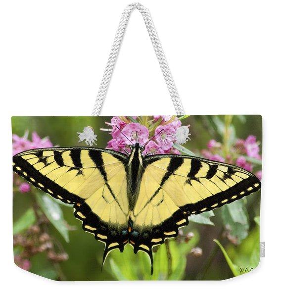 Tiger Swallowtail Butterfly On Milkweed Flowers Weekender Tote Bag