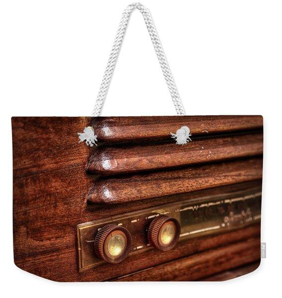 1948 Mantola Radio Weekender Tote Bag