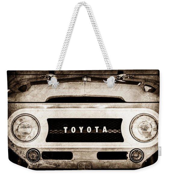 1969 Toyota Fj-40 Land Cruiser Grille Emblem -0444s Weekender Tote Bag