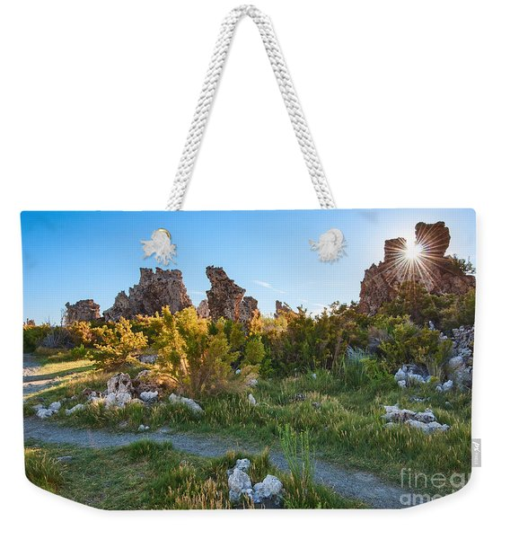 Beautiful View Of The Strange Tufa Towers Of Mono Lake. Weekender Tote Bag