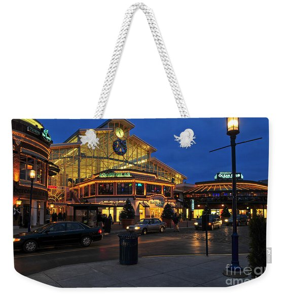 D65l-120 Easton Town Center Photo Weekender Tote Bag