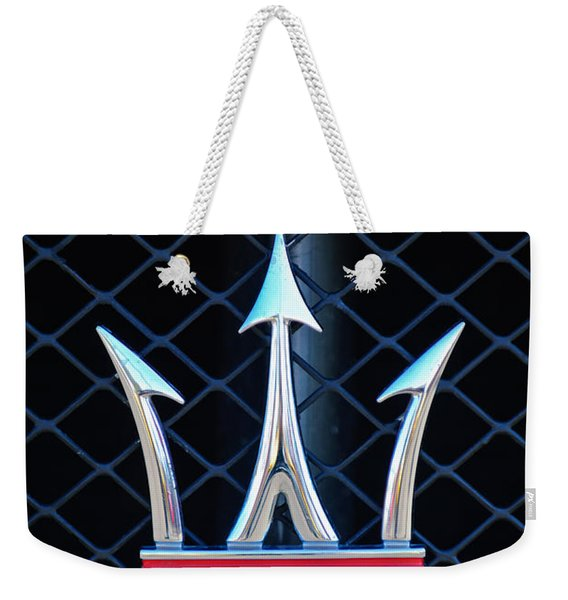 Weekender Tote Bag featuring the photograph 2005 Maserati Gt Coupe Corsa Emblem by Jill Reger