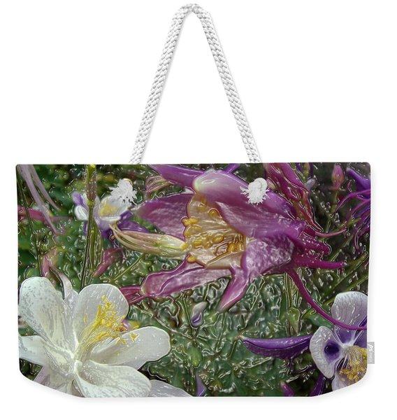 a taste of dew i do and PCC  garden too     GARDEN IN SPRING MAJOR Weekender Tote Bag