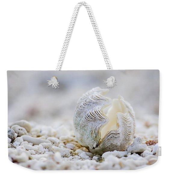 Beach Clam Weekender Tote Bag