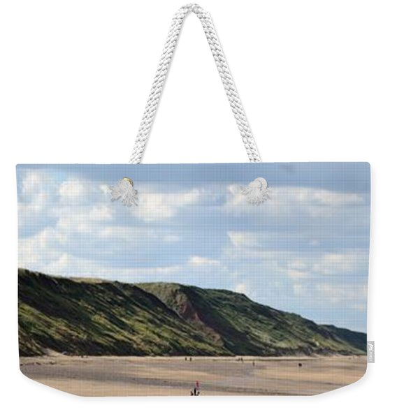 Weekender Tote Bag featuring the photograph Beach - Saltburn Hills - Uk by Scott Lyons