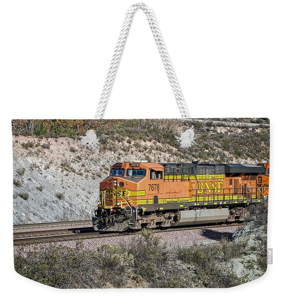 Weekender Tote Bag featuring the photograph Bn 7678 by Jim Thompson