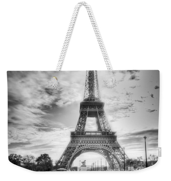 Weekender Tote Bag featuring the photograph Bridge To The Eiffel Tower by John Wadleigh