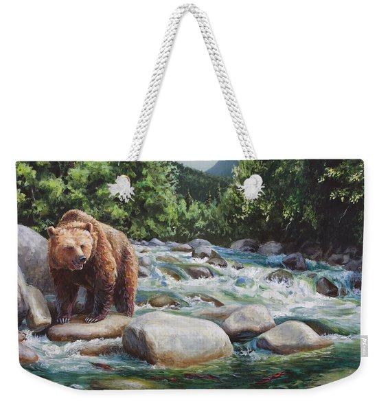 Brown Bear And Salmon On The River - Alaskan Wildlife Landscape Weekender Tote Bag