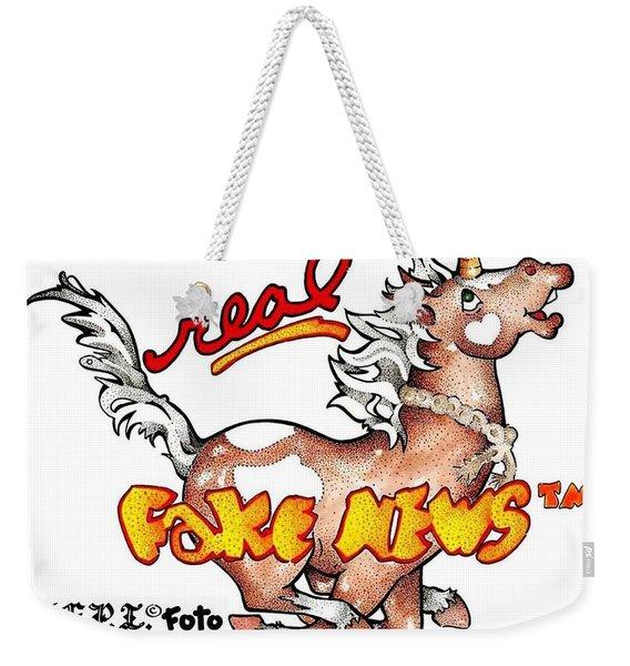 Real Fake News Fpi Foto Weekender Tote Bag