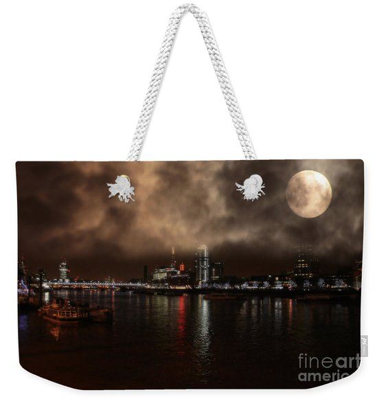 Victoria London  Weekender Tote Bag