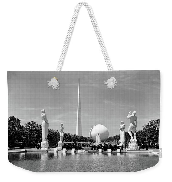 Constitution Mall 1939 Worlds Fair Pond Weekender Tote Bag