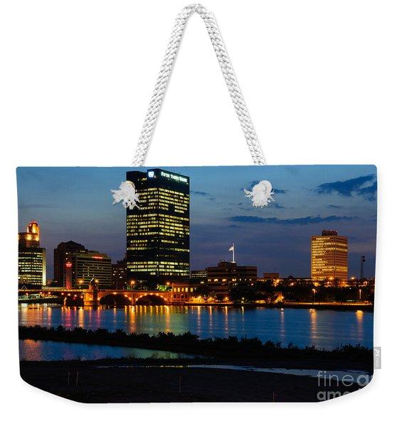 D12u152 Toledo Ohio Skyline Photo Weekender Tote Bag