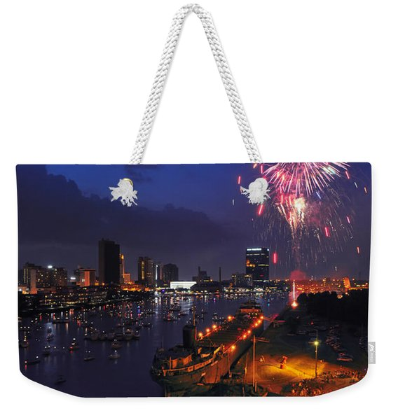 D12u470 Red White And Kaboom In Toledo Ohio Photo Weekender Tote Bag